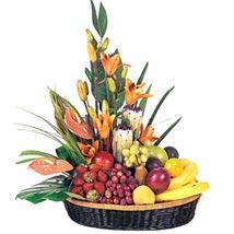 Fruit n Flower Basket: Love N Romance
