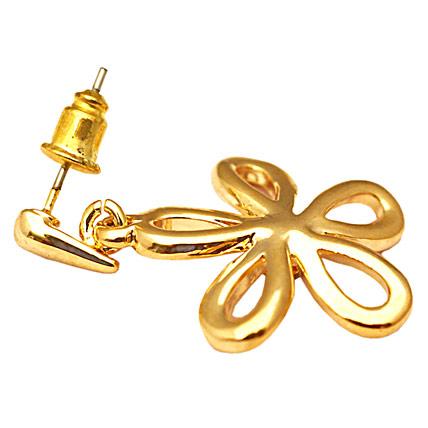 Golden Peacock gold plated flower shaped earrings