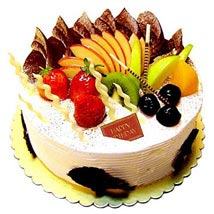 Fresh Fruit Cake: Valentines Day Cakes to Mumbai