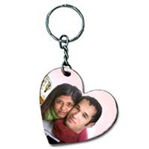Get Personal With Keychain: Personalised Key Chains