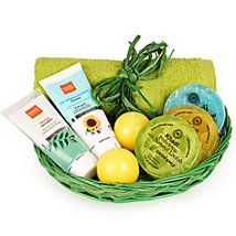 Refreshing Vacation Spa Hamper: House Warming Gift Hampers