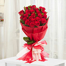 Romantic: Send Flowers to Hapur
