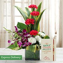 Simply Rakhi Combo: Send Rakhi with Flowers