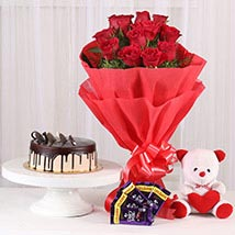 Softy Roses Hamper: Gifts to Jind