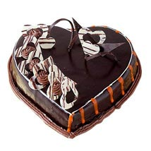 Special Delicious Heart Shape Truffle Cake: Anniversary Chocolate Cakes