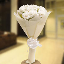 Stary White: Sympathy & Funeral Gifts