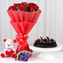 Sweet Combo For Sweetheart: Flowers & Chocolates Delhi