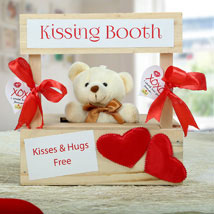 The Best Darn Kiss You Can Ever Get: Romantic Valentine Gifts